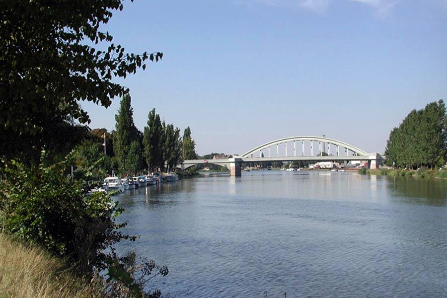 Saalebrücke in Asleben